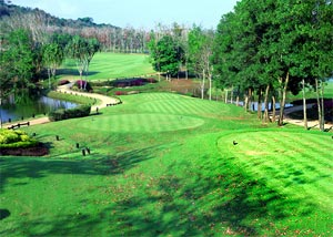 Blue Canyon Lakes Course scenery and glasses color in Phuket