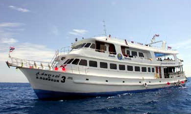 M/V charter for Similan Island scuba diving day trip 3 days 2 nights