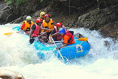 Phuket Package Tour Adventure with rafting on the fresh water river in Song Preak